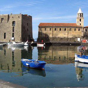 Acciaroli - The port & the Norman watchtower